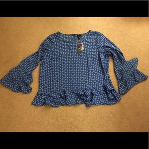 NWT Worthington Blue tile print bell sleeve top